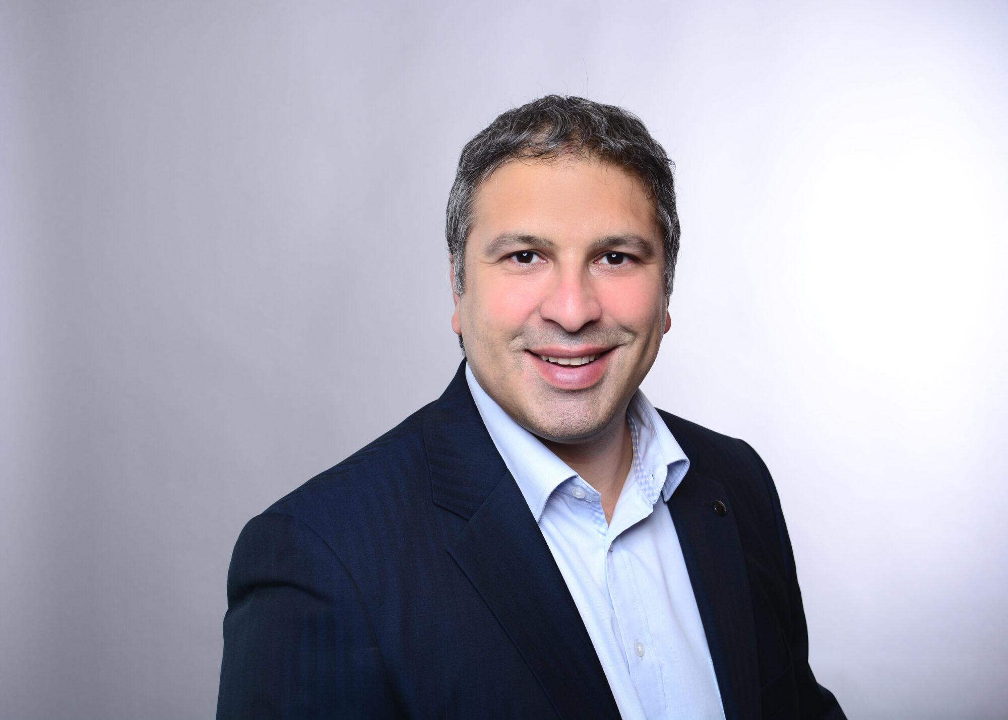 Prof. Dr. Burak Çopur